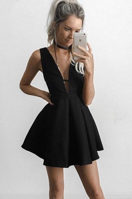 Black Strapless Short Homecoming Dress, Deep V Neck Sexy Homecoming Dress